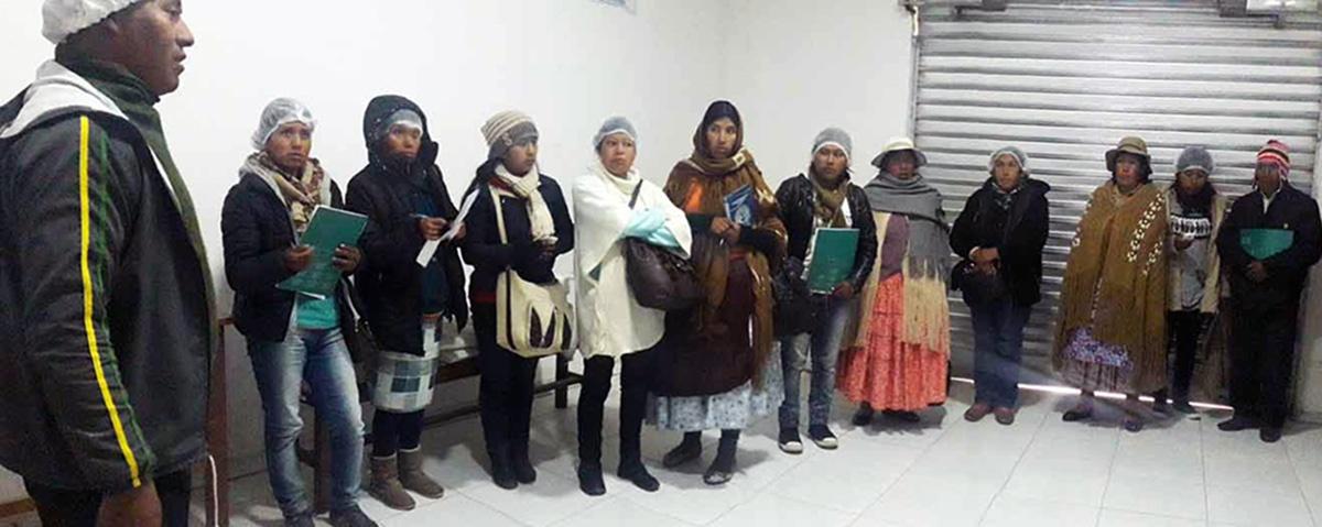 Asociaciones productivas de La Paz y Cochabamba intercambian experiencias sobre asociatividad