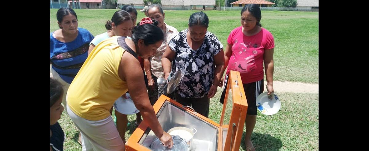 Aumenta el uso de cocinas solares por familias de la Amazonía boliviana