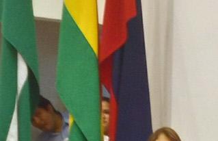 La UAGRM reconoció a Xavier Albó y a CIPCA por su aporte al movimiento indígena y campesino del país