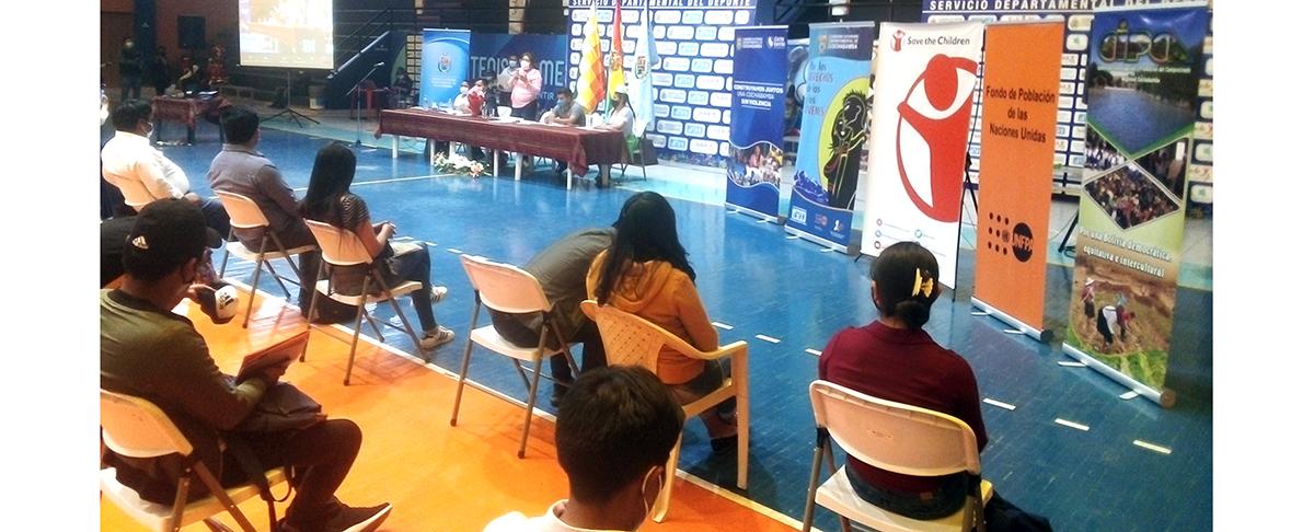 Gobernación de Cochabamba promulga reglamento Nº 4547 de la Ley departamental de la Juventud
