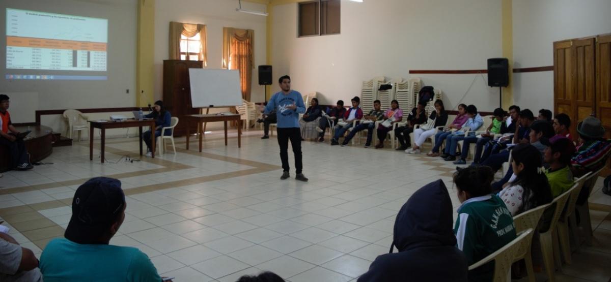 Líderes y Lideresas jóvenes de organizaciones indígenas y campesinas continúan su proceso de formación