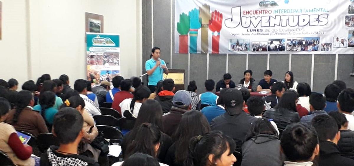 Jóvenes rurales y urbanos analizan y reflexionan el avance de las políticas públicas favorables a su sector