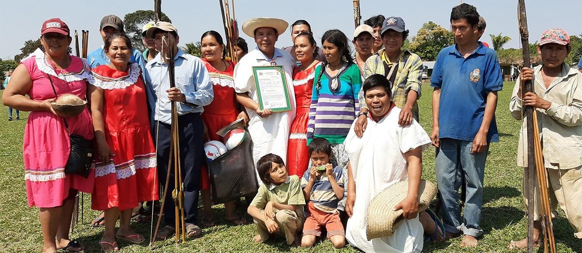 A 29 años de la Primera Marcha Indígena, el Estado entregó el título de las ex concesiones forestales a los pueblos indígenas del TIM