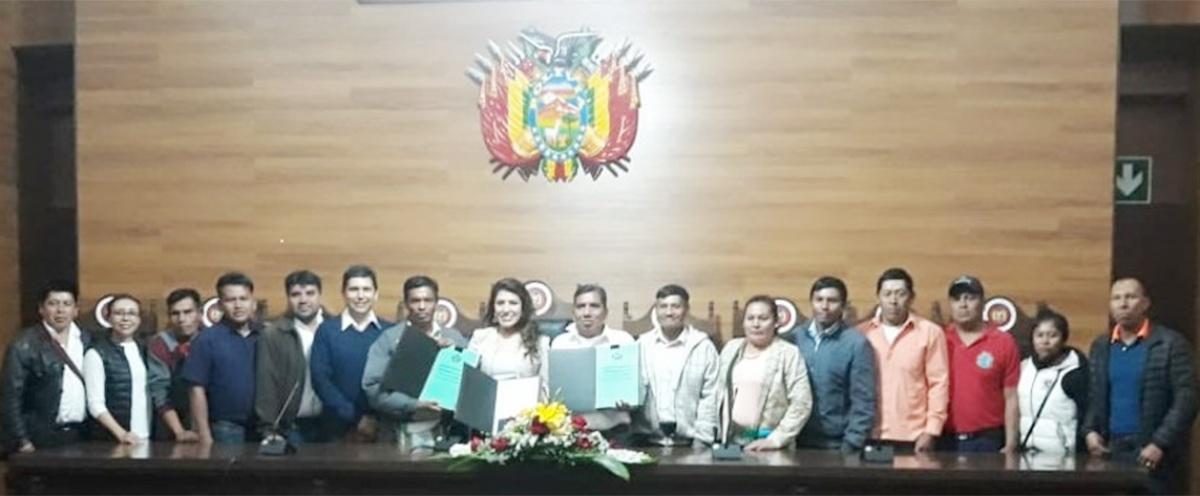 """La Autonomía Indígena Guaraní """"Kereimba Iyaambae"""" recibe la Declaración Constitucional de su Estatuto Autonómico Indígena"""