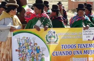 En Taraco se movilizan contra la violencia hacia las mujeres