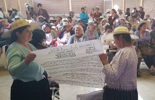 Mujeres de la Provincia Carrasco plantean mayor participación política para su sector