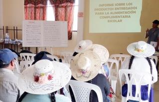 Consejos Educativos socio-comunitarios de Anzaldo plantean mejorar la Alimentación Complementaria Escolar