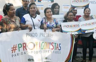 Mujeres organizadas de Cobija y de todo el país en vigilia por la paridad con miras a las elecciones generales de mayo