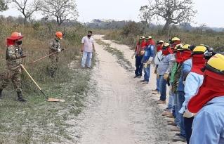 El CIPCA Santa Cruz y FUNSAR  de San Ignacio de Velasco capacitaron a 100 bomberos comunales para la lucha contra los incendios
