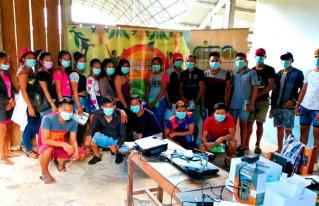 Jóvenes amazónicos se capacitan en tecnologías de información y comunicación (TIC) y monitoreo ambiental (Flora y Fauna).