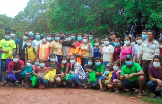 La Asociación de Jóvenes Reforestadores en Acción - AJORA entre los ganadores del Premio Ecuatorial 2021.